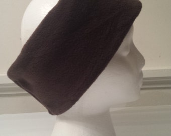 Fleece ear warmer in chocolate brown