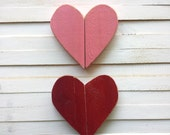 Set of 2 distressed wooden hearts/ heart wall hanging/ Love sign/ pallet art/ love heart