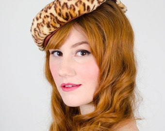 1940s vintage hat / tilt hat / Catty