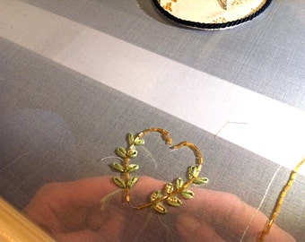 Simple heart shaped design for try-out broderie d'art