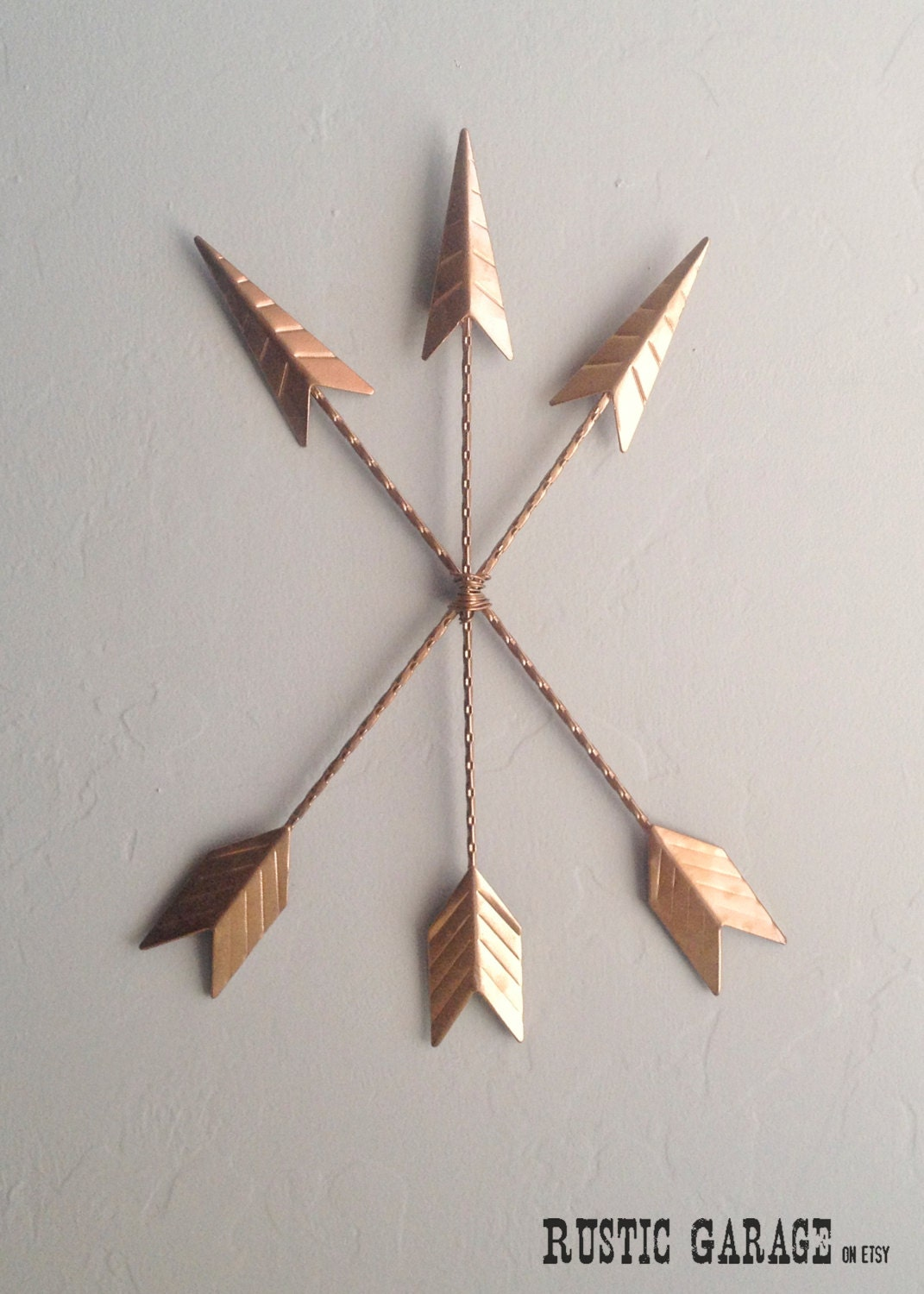 Arrows metallic copper cast iron metal wall hanging custom for Decoration rose gold