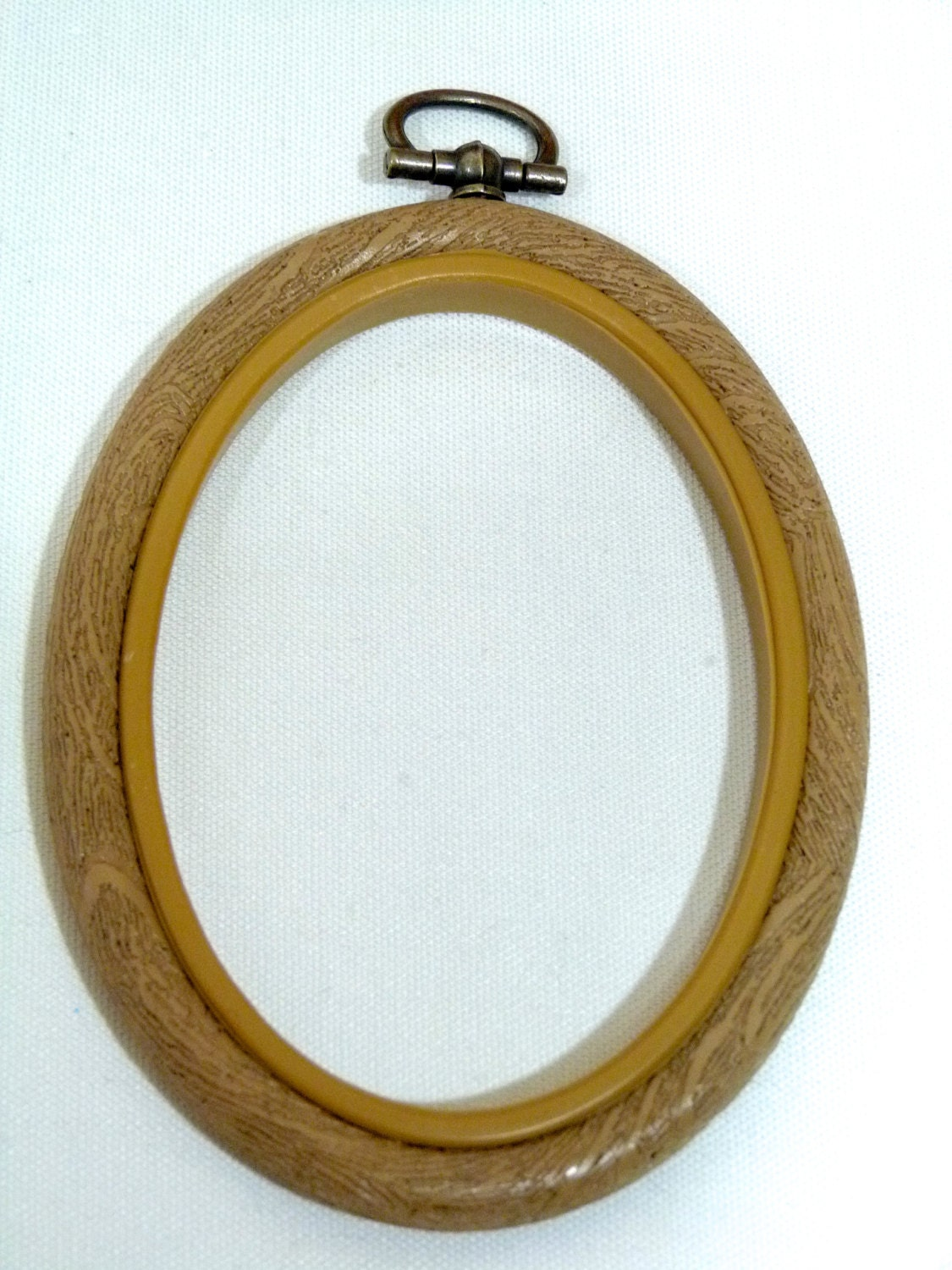 Oval flexi hoop embroidery by