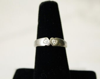 Nice Small 825 Silver Band Ring With Hearts Design and CZ Stones - Size 6