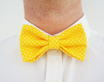 Yellow polka dot pre-tied bow-tie