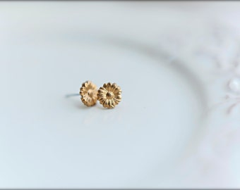 Daisy Earring Studs in Raw Brass, Tiny Daisies - 9mm, Stainless Steel Posts and Backings
