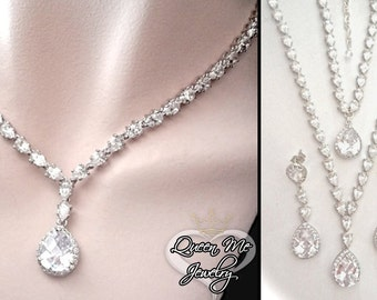 Bridal jewelry set ~ 3 piece set ~ Cubic Zirconias ~ Necklace, Bracelet, earrings ~ High end ~ Formal jewelry ~ Sparkly ~ Bridal jewelry