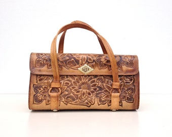 Tooled leather purse, vintage caramel tan leather 1970's bohemian vibe