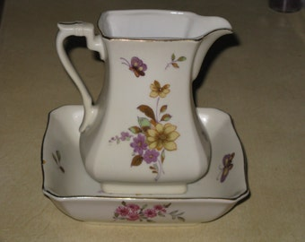 Vintage Lefton Pitcher and Bowl Set Wildflowers KA8135 Vase Decorative Pretty