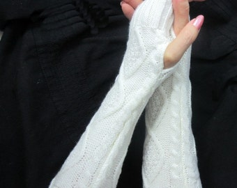 Knitted arm warmers - arm warmers  - - knit gloves - womens Fingerless Gloves  - womens Fingerless Gloves - Black- white
