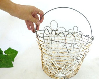 Rustic, Chippy, Rusty Daisy and Tulip Wire Basket With Handle