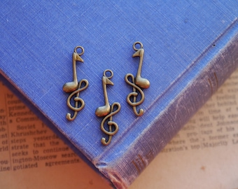 CLEARANCE 10 pcs Antique Bronze Music Notes Charms 32mm (BC2271)