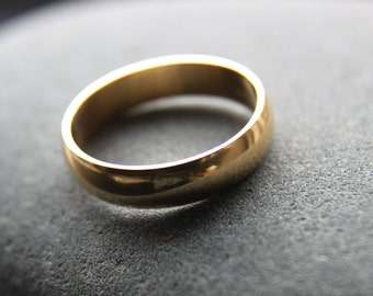 5mm 18ct yellow gold wedding band in D-shape profile, shiny finish, mens wedding ring, mens gold ring - made to order