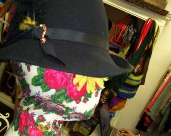 Vintage Bollman Doeskin Felt Black  Vagabond Style Hat w/Magic Feather & Beads