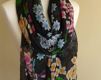 A bright flower Silk scarf