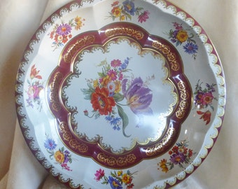 Vintage  Daher decorated tin bowl with floral design in shades of deep red and metallic gold on pale gray background