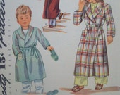 Vintage Childrens Bathrobe & Slippers Size 2 Simplicity Pattern 1126 circa 1940s