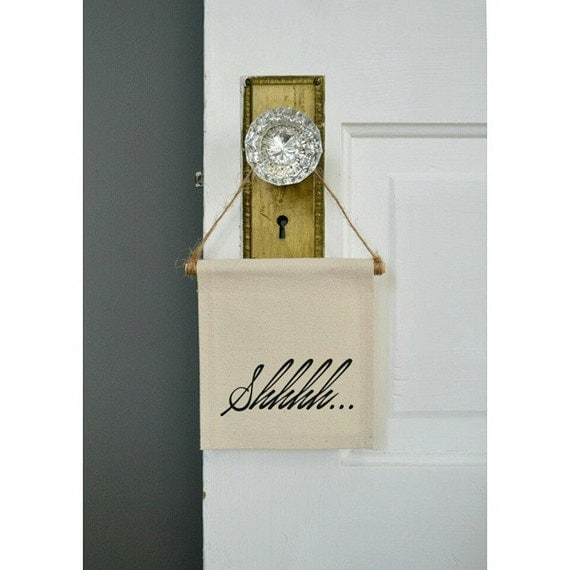 "Handmade ""Shhhh"" Mini Banner - Quiet Doorhang - Quiet Wall Hanging - Nursery Decor - Mini Banner"
