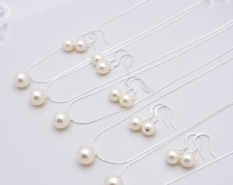 Set of 7 Bridesmaid Ivory Pearl Sets, 7 Ivory Pearl Necklaces and Earrings, Sterling Silver Bridesmaid Jewelry Set 0158