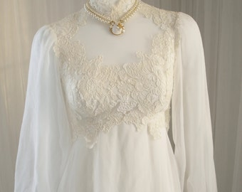 House of Bianchi Lace Queen Anne BoHo Hippie Flower Child Wedding Dress with Watteau Train