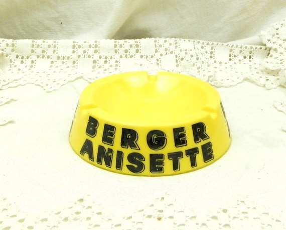 Vintage Mid Century French Yellow Milk Glass Berger Anisette Promotional Advertizing Anisette Ashtray, Collectible French Bistro Café Decor