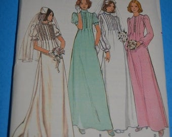 Vintage Butterick 4035 Misses Bridal Gowns Sewing Pattern - UNCUT - Size 8 or Size 10 or Size 12 or Size 14 or Size 16
