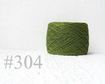 Laceweight Linen yarn - grass green #304