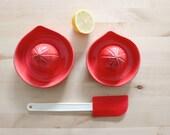 Red ceramic juicer Ecologic squeezer Citrics lemon orange lime Kithchen decor Pottery juicer - Ready to ship