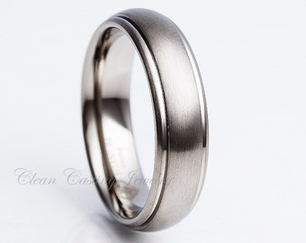 Titanium Wedding Band,Handmade Titanium,Engagement Ring,Anniversary Band,Ring,Band,Brushed Polish,Dome,Grooved,His,Hers