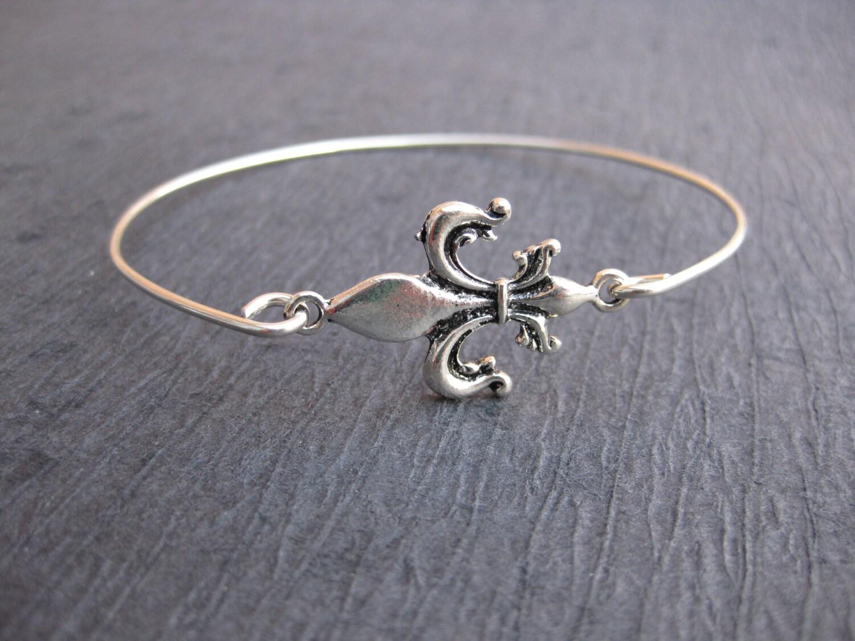 fleur de lis jewelry french bracelet silver fleur de lis. Black Bedroom Furniture Sets. Home Design Ideas