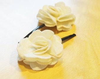 White Felt Flower Bobby Pins