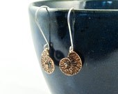 spiral earrings in hammered copper, rustic copper earrings with silver wires, shell earrings
