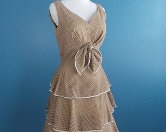 Charming 1970's Miss Elliette Sleeveless Dress