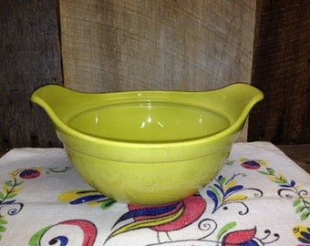 Vintage Chartreuse Green Hull Pottery Bowl, Double Handle, Oven Proof B 2.