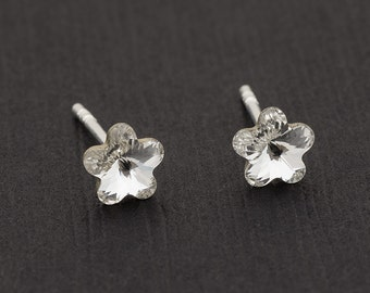 Tiny Swarovski Flower Earrings Flower Stud Earrings Crystal Earrings Swarovski Studs Sterling Silver Earring Post Earrings Swarovski Jewelry
