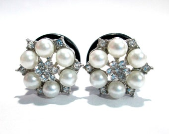 Pearl Flower Sparkle Rhinestone Plugs - Available in 1/2 in, 9/16 in, 5/8 in