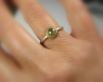 Green Natural Sapphire 14K Gold Ring, Size 6.25, Vintage Style, Ready to Ship,