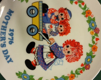 Raggedy Ann & Andy 1976 Mother's Day 1st Ed Schmid Plate