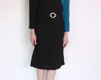 80's dress, geometric turquoise marine blue, black and gold dress, decorative belt, midi dress, longsleeve, dolman, kitsch, golden buckle