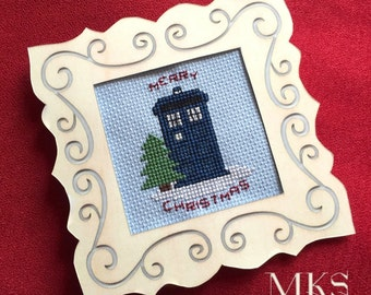 Mini TARDIS for Christmas - Doctor Who Cross Stitch Pattern - Instant Download