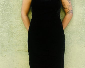 Black Velvet Dress * 1990's * Little Black Dress * Vintage * Black * Sheath * Holiday Dress * Size 8