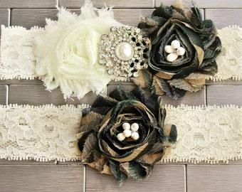 Army Camo Garter Set - Camouflage Wedding Garters Camo garder Military Garter Camo Flowers Wedding Garder Belt Plus size camoflauge garter