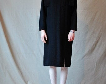 I. Magnin Hino & Malee Vintage 80s black avant garde dress Wool/wool blend Bold shoulder flaps Size Small