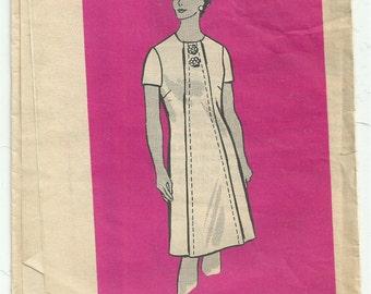 Vintage 1960s Printed Pattern 9149 Sewing Pattern - 60's dress pattern