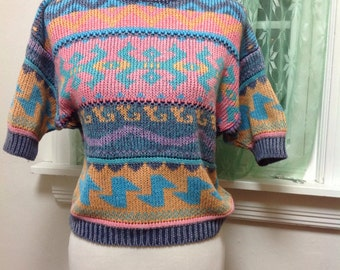 Vintage Tribal Knit Sweater, Non itchy, Short Sleeves, crew neck, Ribbing, Retro