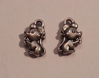 10mm Mouse w/ Cheese Charms/Pendants/Decor - 6pc - Tibetan Silver