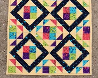 Whirlwind Mini Quilt Pattern