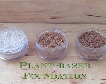 Natural plant-based matte foundation with clay, green tea extract and lavender. Mineral-free! also works as an concealer!