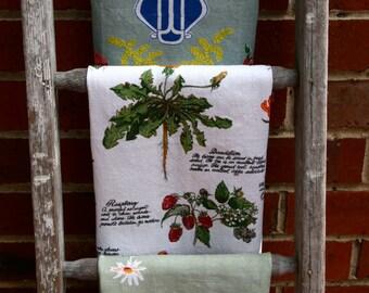 Vintage Linen Tea Towels