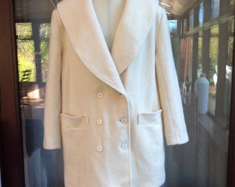 Vintage 1980s Jacket Coat Alexon In Cream Pure New Wool Oversized Classic Fall Winter Made In Great Britain 16 UK