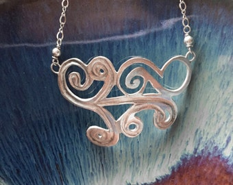Gate Swirl Necklace